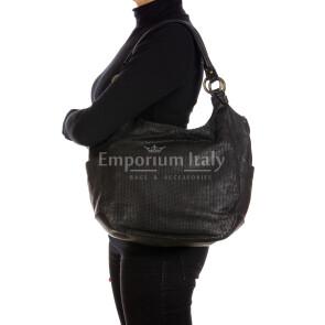 VERONICA LIMITED: женская сумка через плечо из мягкой винтажной кожи, цвет : ЧЁРНЫЙ, производство Италия