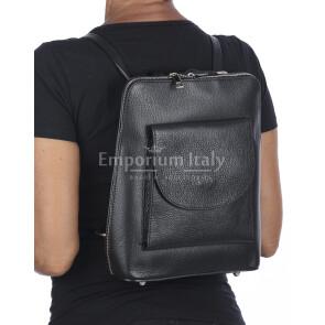 Borsa zaino donna MONTE ADAMELLO, in vera pelle morbida, colore NERO, CHIARO SCURO, Made in Italy