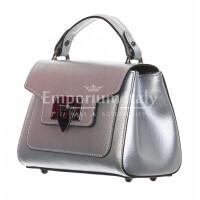 Borsa donna in vera pelle, CHIARO SCURO, mod AGNES colore argento, Made in Italy.