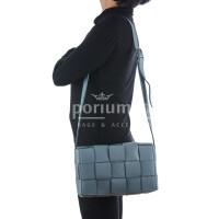 Borsa a spalla da donna in vera pelle intrecciata VIVIANA, colore AZZURRO, CHIARO SCURO, MADE IN ITALY